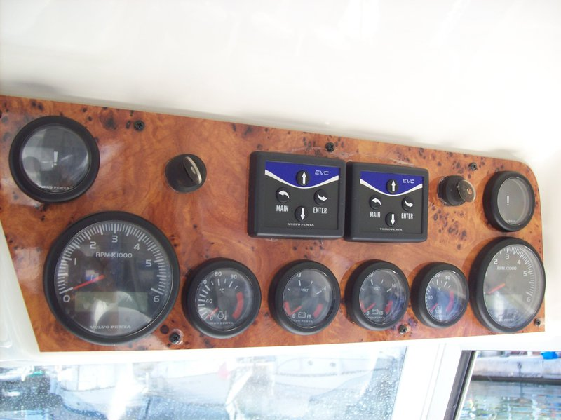Windy (NO) 8800 - for sale on special offer - boat-and-yacht.com